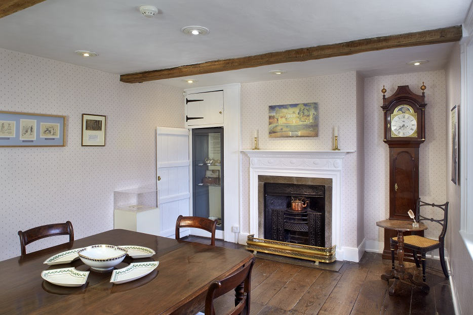3. Jane Austen's House Museum Dining Room (Cr. Peter Smith ©Jane Austen's House Museum)