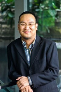 Christopher Ling, director