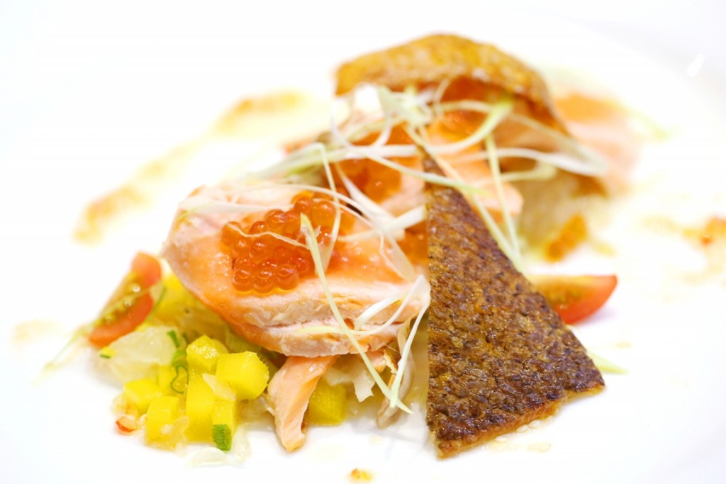 Seared Fjord Trout with Mango Pomelo Salad, Thai Chilli Sesame Dressing