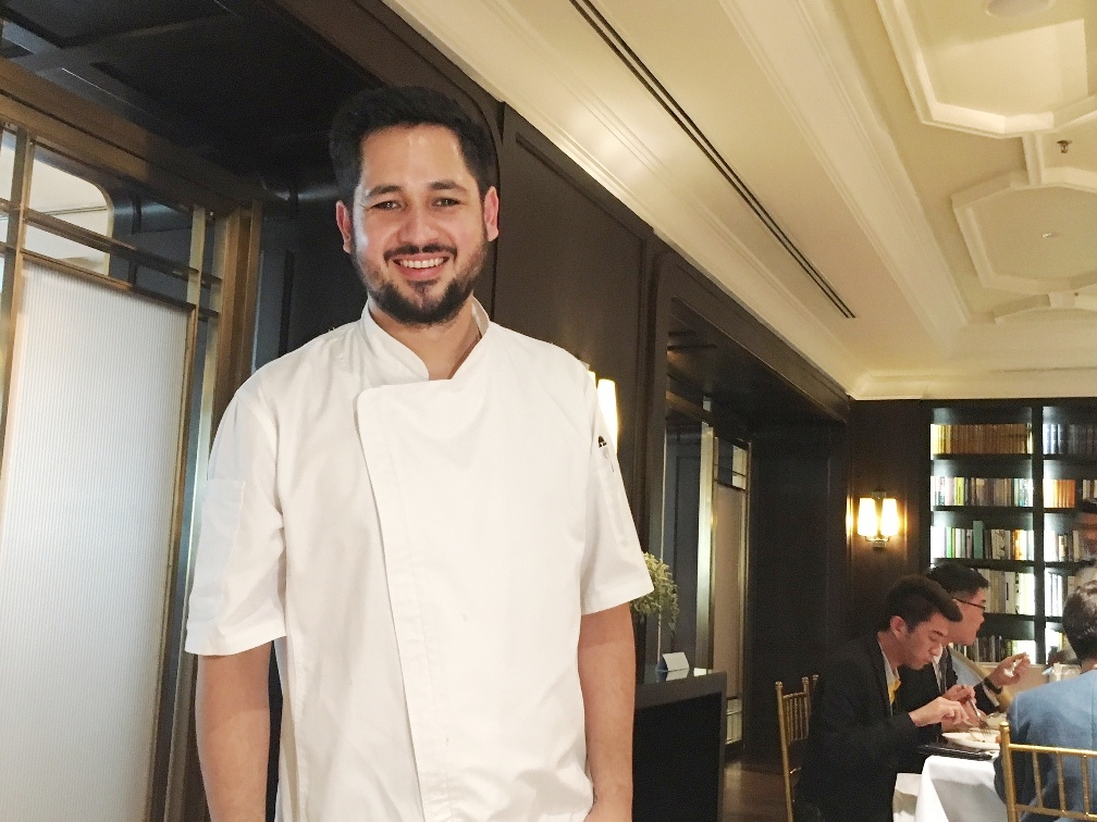 Chef Francisco Araya amazes and thrills with his seafood showcase at The Library