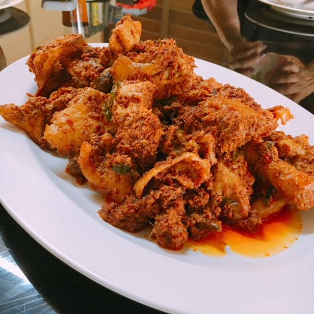 Delicious chicken rendang