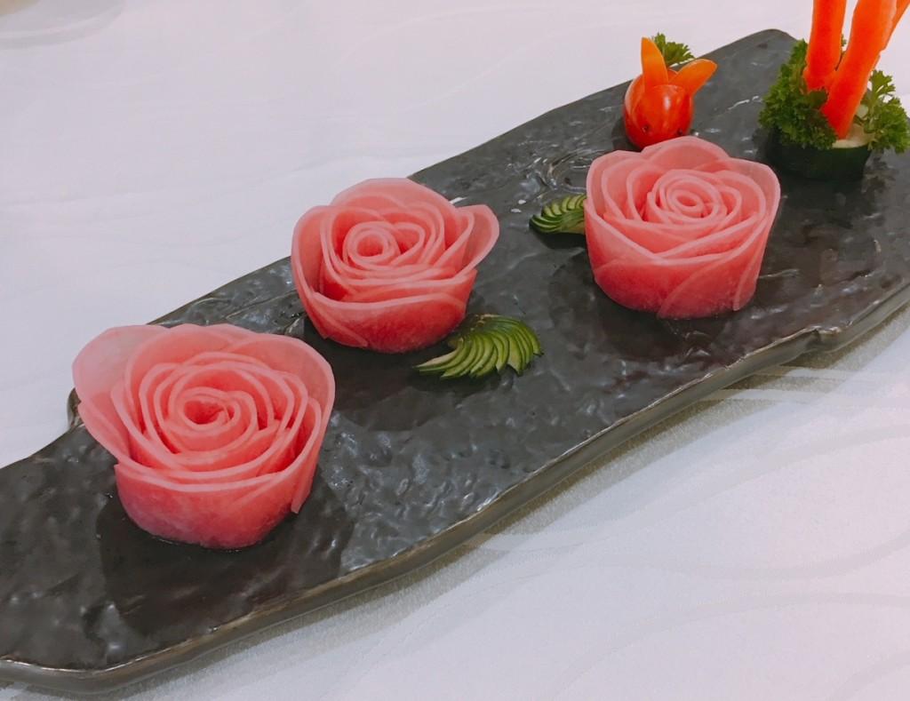 Pickled Radish Roses