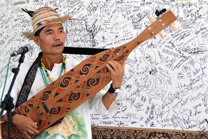mathew-ngau-sape-musician2